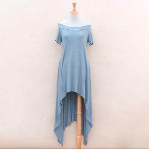 12 Ami Midi Dress